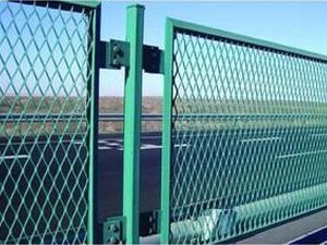 浸塑护栏用钢板网